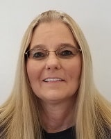 Lori Young Service Writer of Oak Motors Anderson Used Car Lot in Anderson